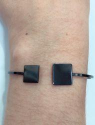 Bracelete  pontas quadrada  sem pedra  banho de rodio