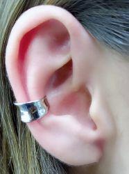 Ear clip grosso sem pedra
