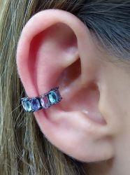 Ear clip  cristais coloridos banho de rodio negro