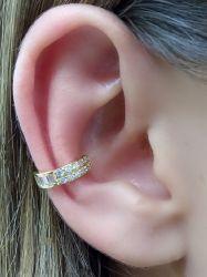 Brinco ear clip zirconia cravejada folheado a ouro