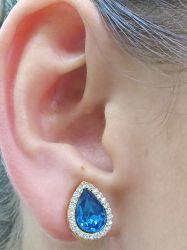 Brinco de pressão  gota azul ao redor micro zirconia cravejada