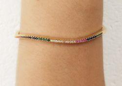Bracelete fino micro zircônias coloridas cravejadas.