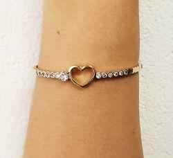 Bracelete coração vazado detalhe em zirconia cravejada