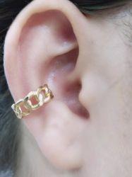 Ear clip = Piercing fake elos vazados folheado a ouro