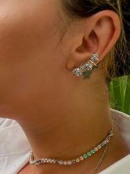 Brinco ear cuff 3 corações pedras micro zircônias coloridas cravejadas