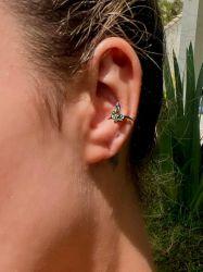Ear clip = Piercing fake formato cobra pedras micro zircônias cravejadas