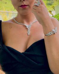 Conjunto borboleta 4 peças colar brinco anel e bracelete pedras cravejadas zircônias transparente um luxo de kit