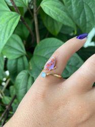 Anel borboleta detalhe em resina banhado a ouro 18k