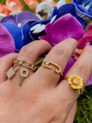 Anel flor banhado a ouro 18k