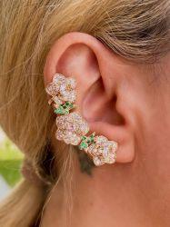 Brinco ear cuff luxo 3 rosas em pedras zircônias cravejadas