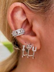 Brinco ear cuff pedras cravejadas micro zircônias transparente detalhe coração frase love